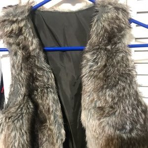Girls's Fur Vest